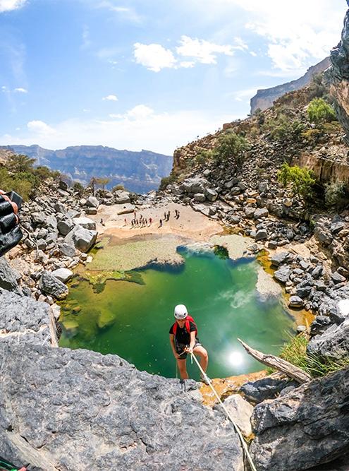 При желании в Омане можно в буквальном смысле полазать по горам