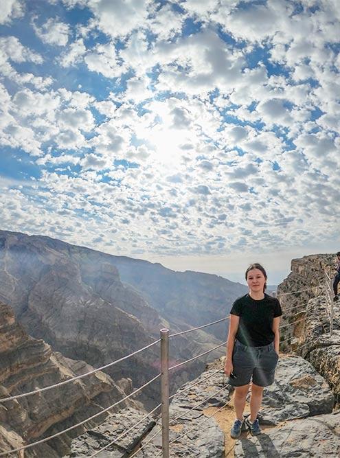 По-моему, виды на оманские каньоны не сильно уступают американским
