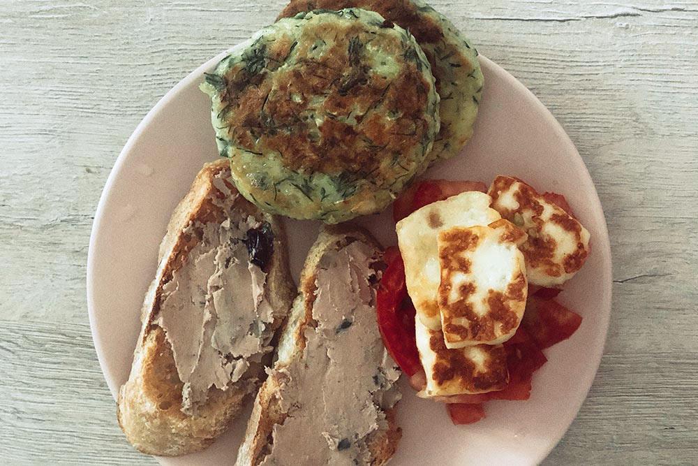 Шлю А. фото своего завтрака