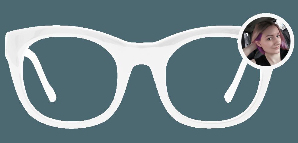 «На очки в моей жизни ушло 46 250 ₽»: как героиня реалити готовится к коррекции зрения