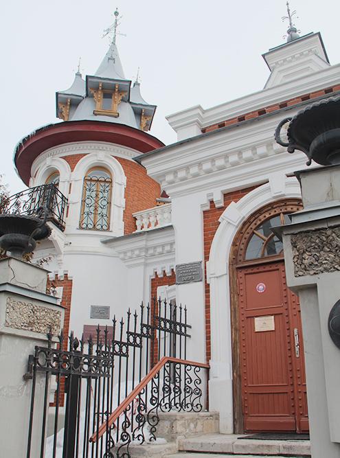 Здание Детской картинной галереи больше похоже на сказочный замок