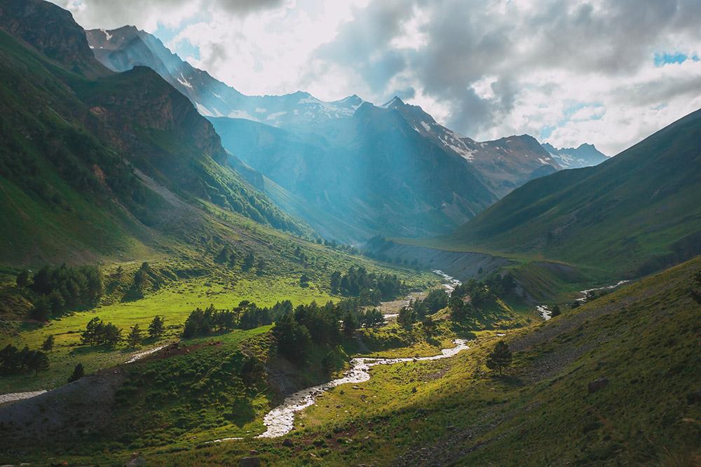 Необязательно быть альпинистом, чтобы полюбоваться красотой Приэльбрусья