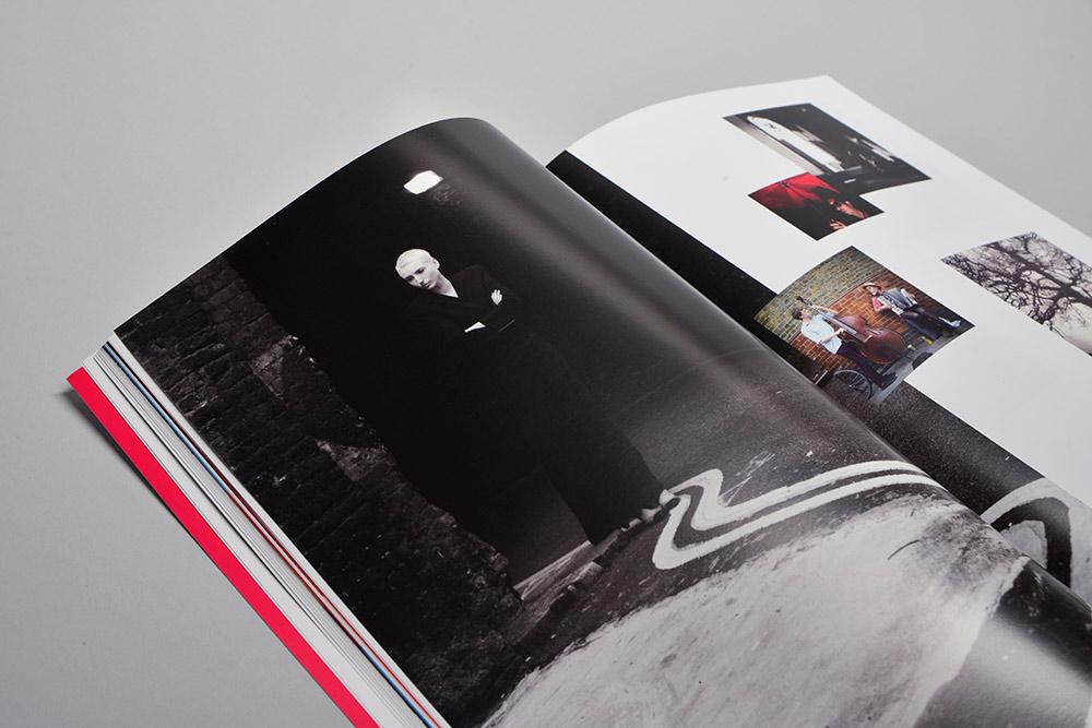 Один из разворотов первого номера журнала