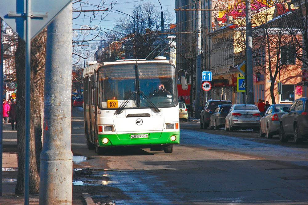 Рыбинские автобусы — в основном ЛиАЗы. Раньше по городу ходили и Икарусы, и старые «немцы»