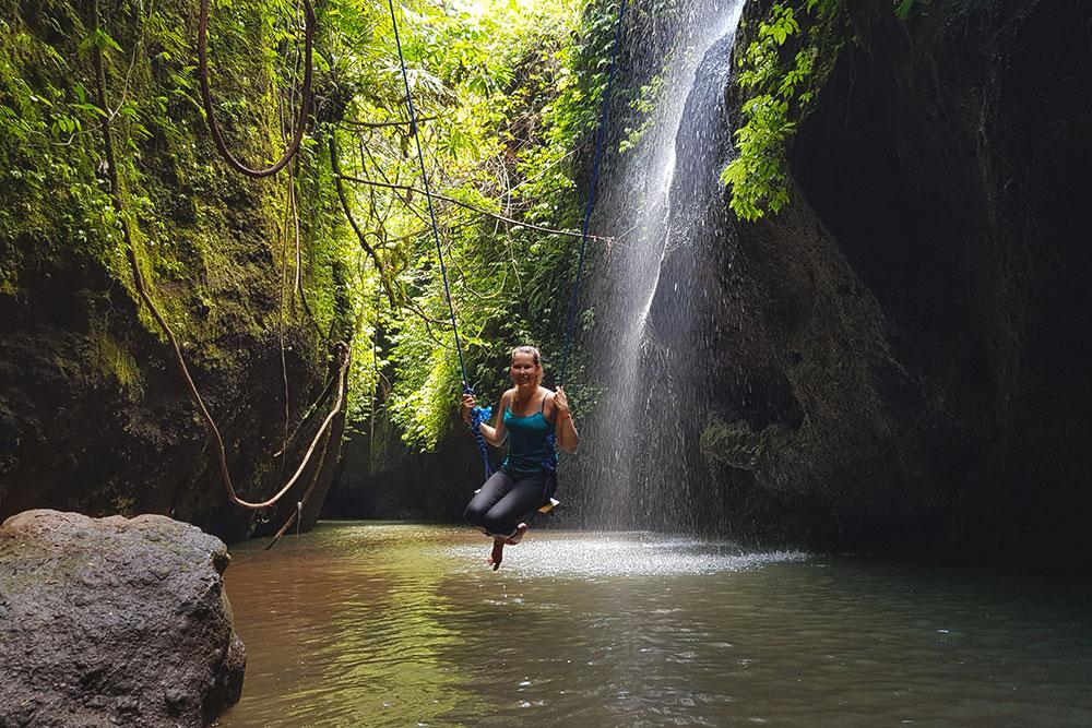 Скрытые пещеры на востоке Бали