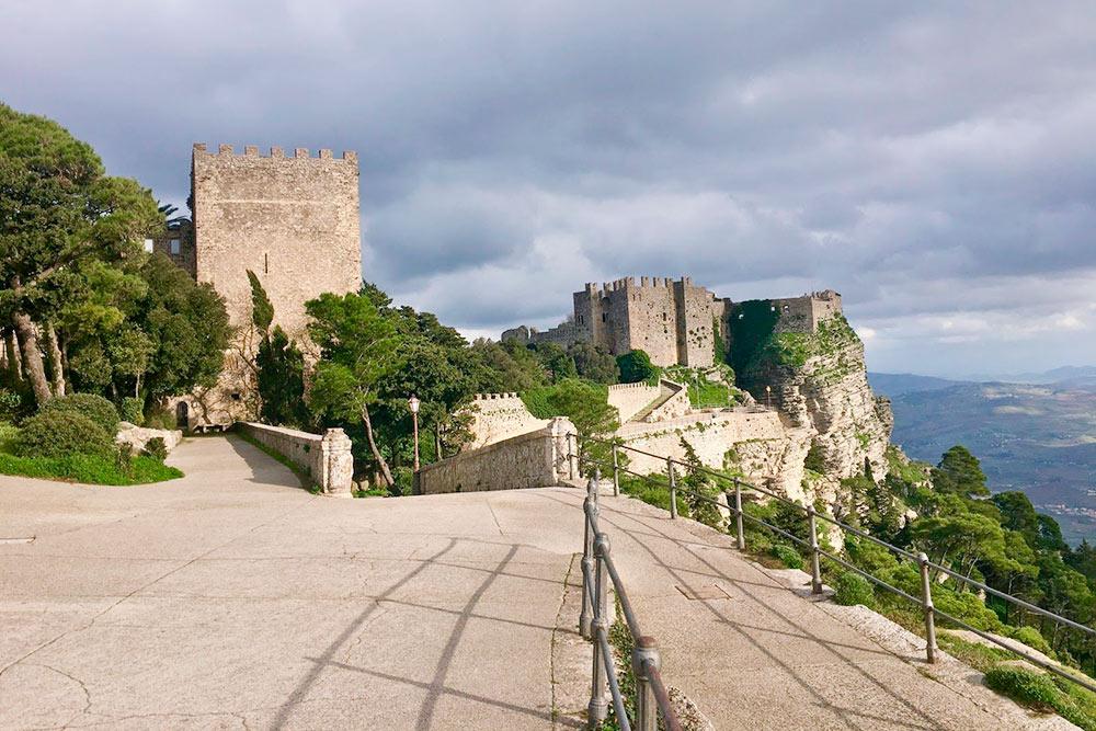 Крепость вЭриче