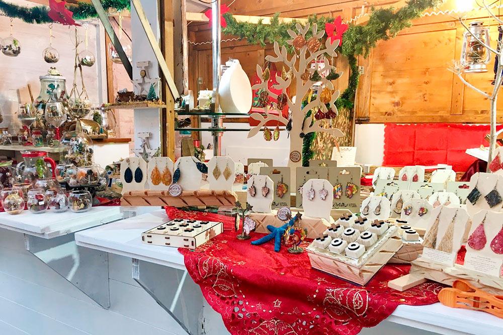 В декабре на площади Эриче устраивали рождественскую ярмарку
