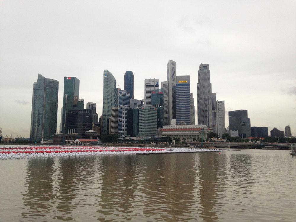 А это вид на сингапурский Сити