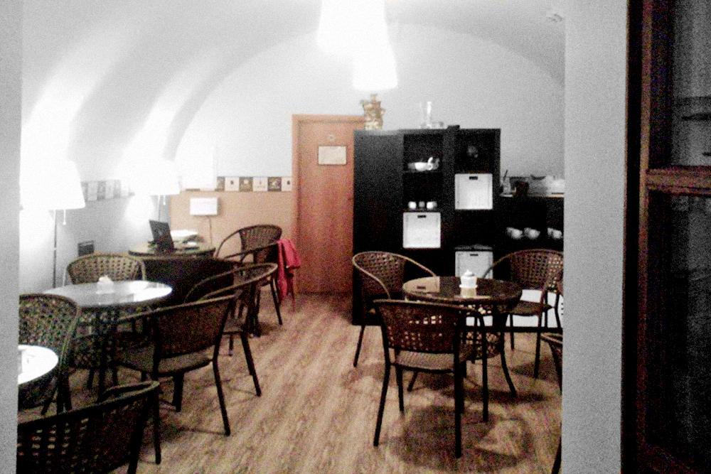 Московская кофейня в пяти минутах от Кремля. Здесь я стал бариста и в 2014 году зарабатывал полторы тысячи в день