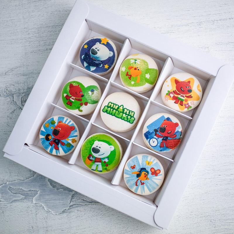 Набор пирожных с лицензированным изображением из мультфильма «Ми-ми-мишки»