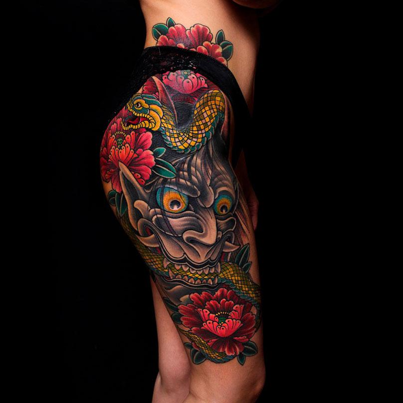Японскому стилю уже больше тысячи лет, такие татуировки носили даже монархи: король Дании ФридрихIX, английский ЭдуардVII и, по преданию, НиколайII. Эту татуировку Эд набивал четыре сеанса, и она обошлась клиентке в 40 тысяч рублей