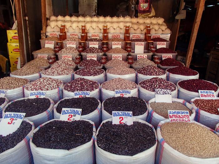 На рынке «Дезертирка» в Тбилиси