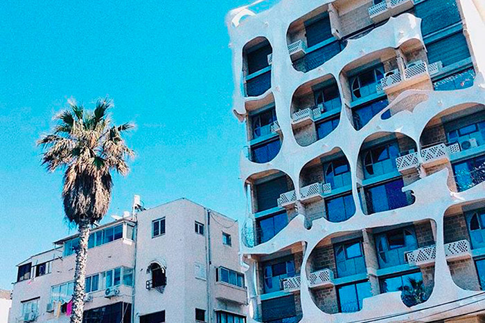 Разрешение на строительство необычного дома не могли получить 7 лет: в 70-х годах не особо жаловали такие смелые архитектурные решения