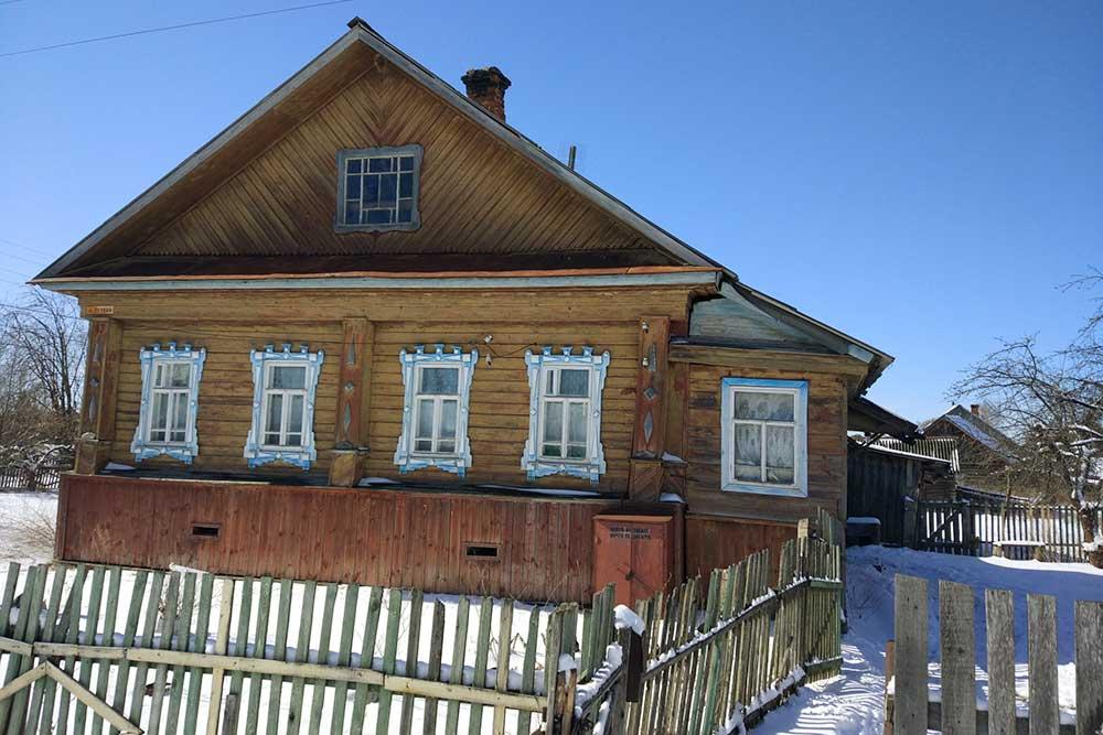 Дом в Ёлнати, который мы купили за 1,1 млн рублей. В начале апреля 2020года тут еще лежал снег