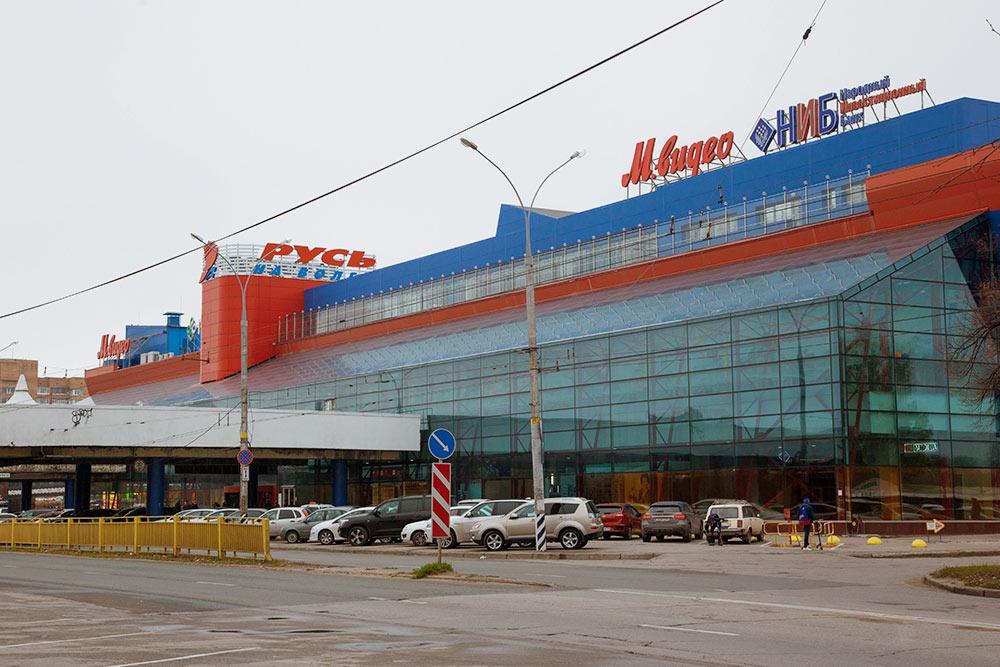 «Русь на Волге» — первый торговый центр, который появился в Тольятти