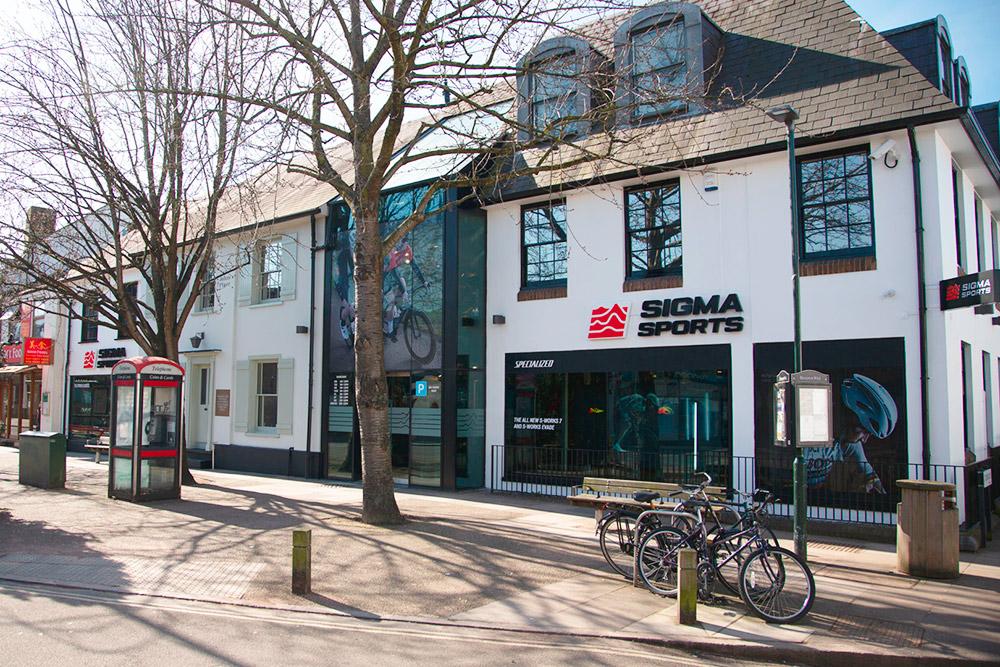 ВАнглии есть магазин Sigma Sport состеклянными витринами, иуменя была мечта открыть такойже. Источник: Sigma Sport