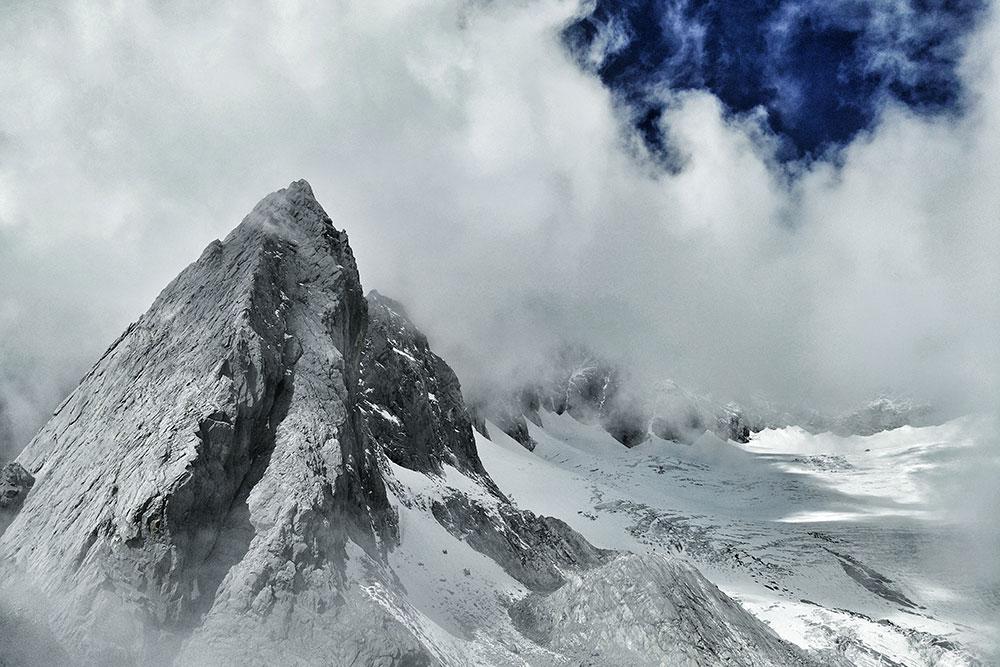 Такие пейзажи открываются восеннем походе впарк нефритового дракона вКитае