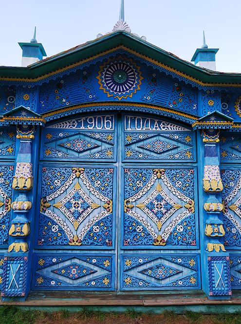Ворота во двор старообрядцев