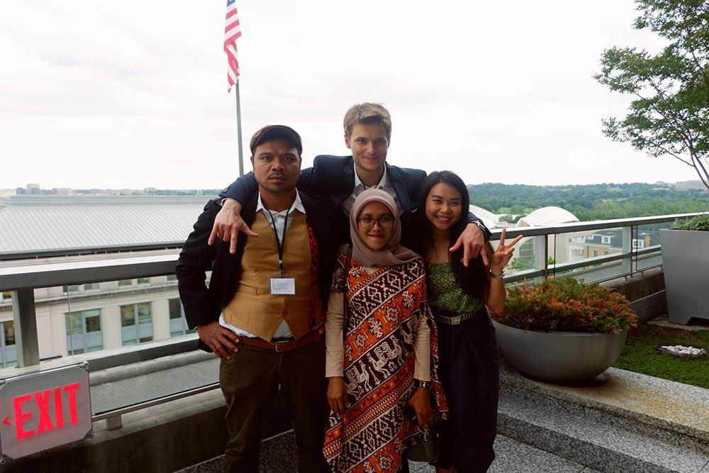 Социальные предприниматели из Азии, с которыми Михаил ездил в Сан-Диего