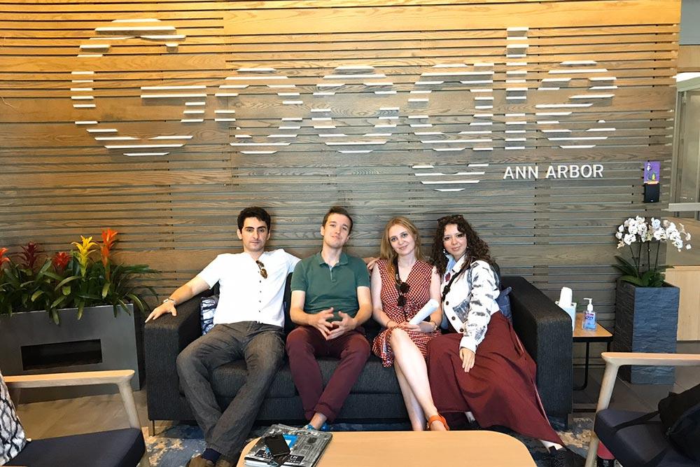 В 2019 году для участников программы в Детройте организовали экскурсию в офис «Гугла»