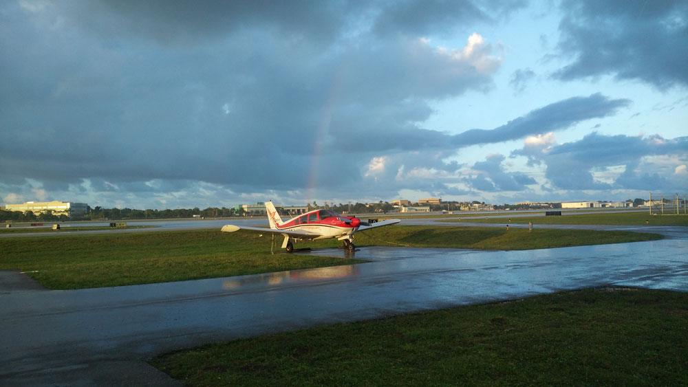 Коммерческий аэродром Форт-Лодердейла KFXE — тут я учился летать