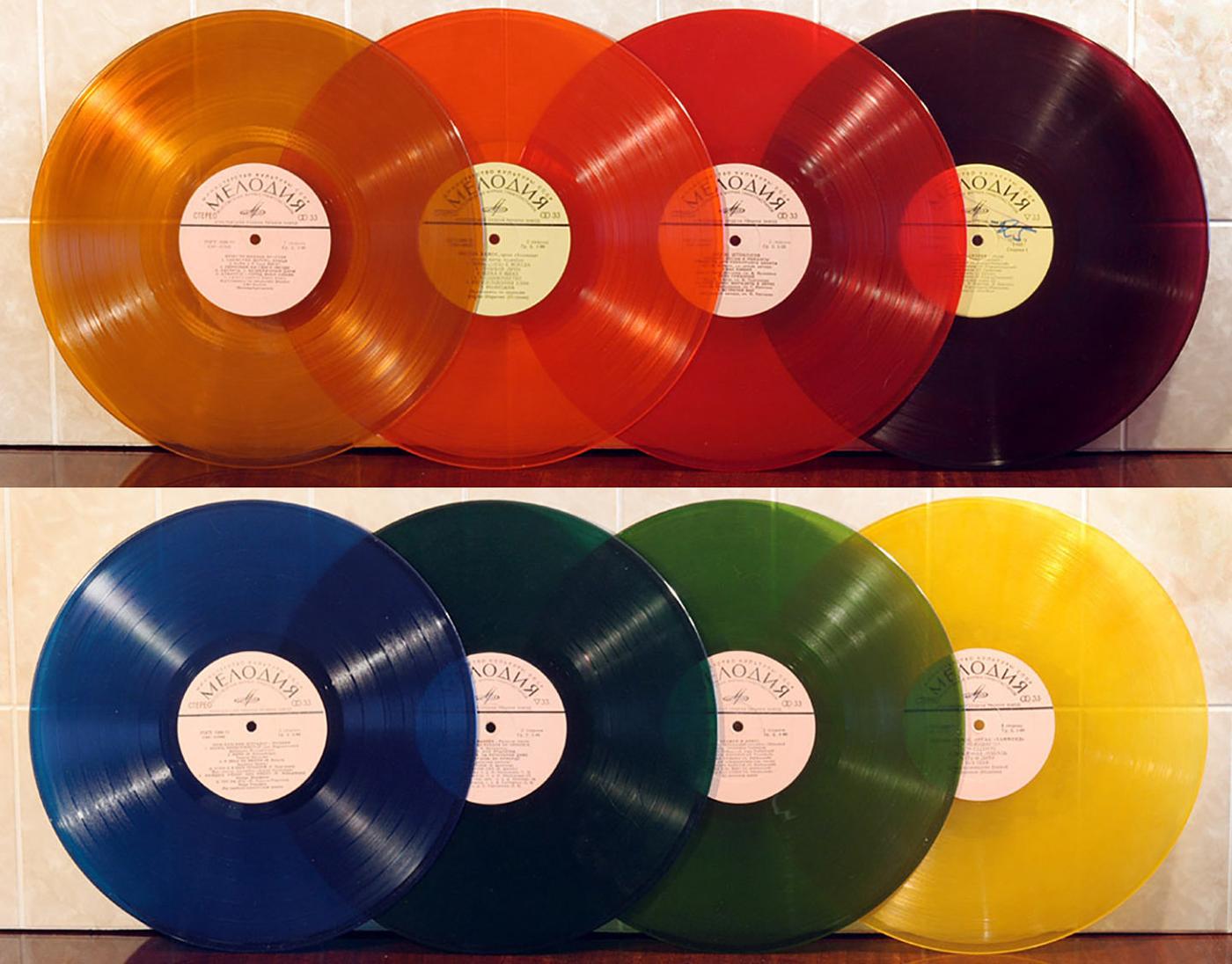 Цветные пластинки выпускает даже фирма «Мелодия»