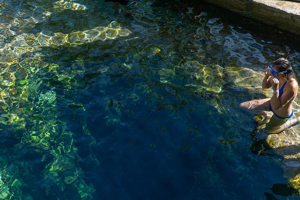 Плавать в колодце Иакова можно с 1 мая до 1 октября