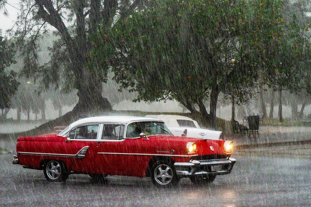 В ноябре на Кубе нас заставали ливни, но в день свадьбы с погодой повезло