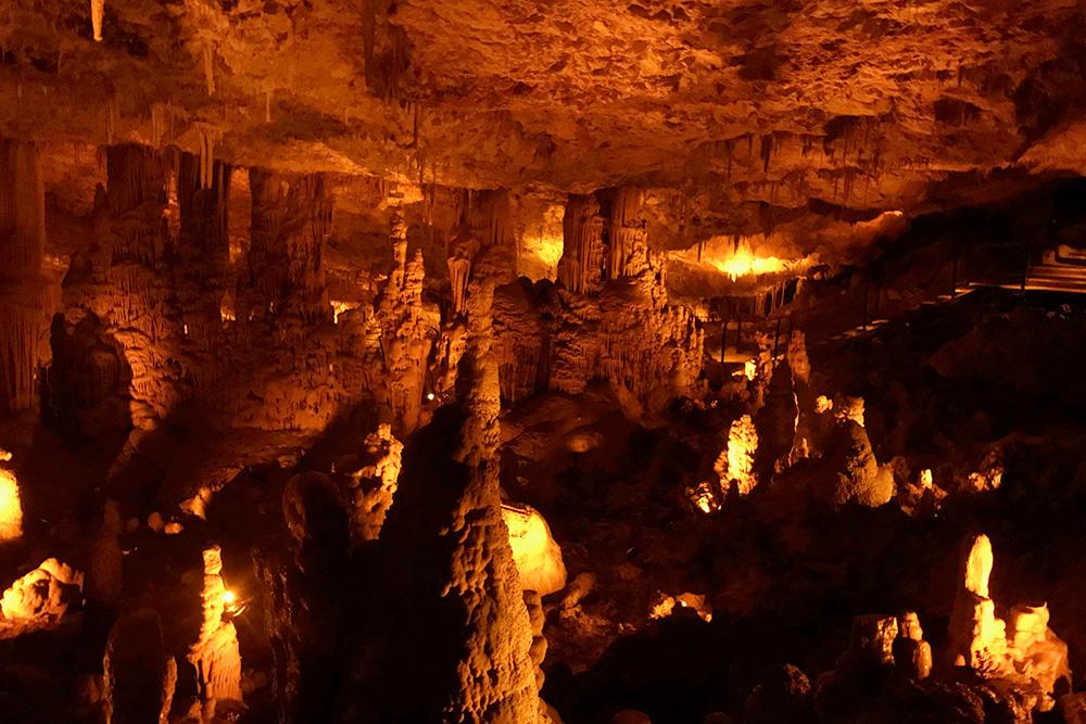 Пещера сталактитов Сорек