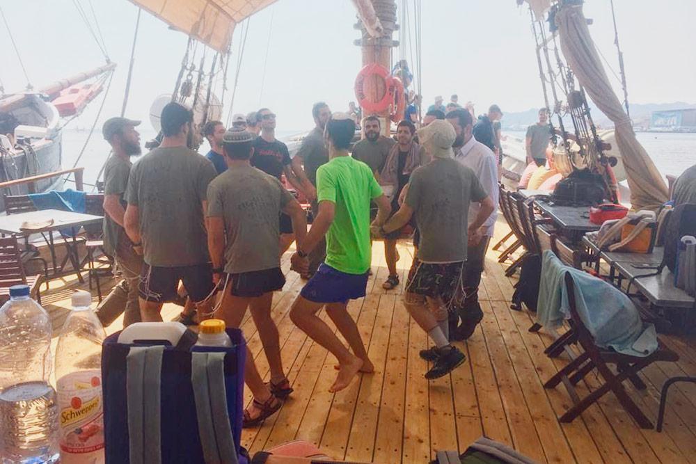 Израильтяне любят танцевать и умеют выжать из любой вечеринки максимум веселья