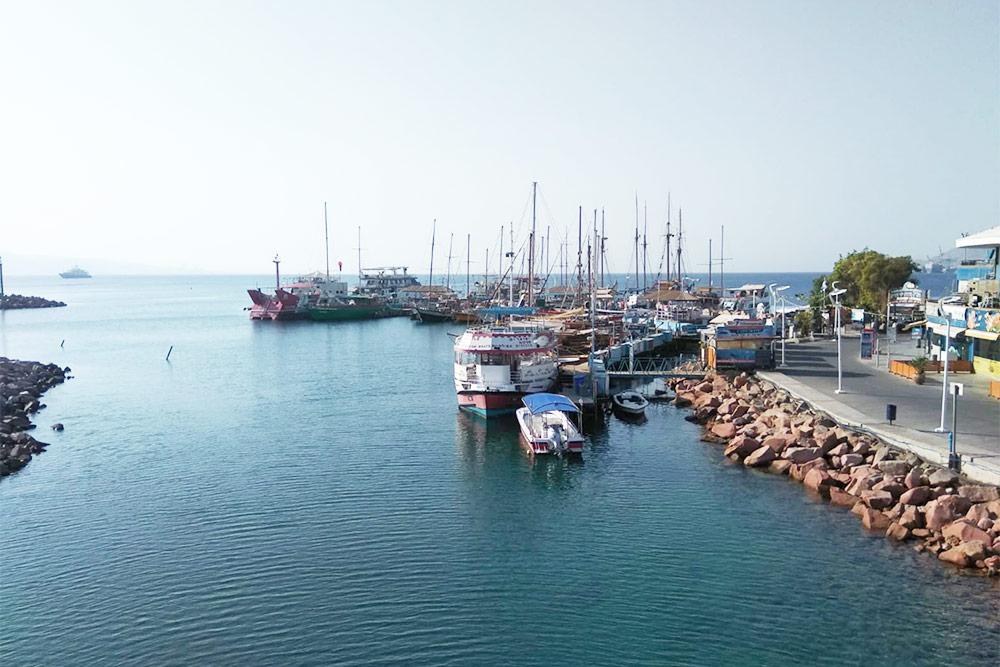 Выход из марины в Эйлатский залив