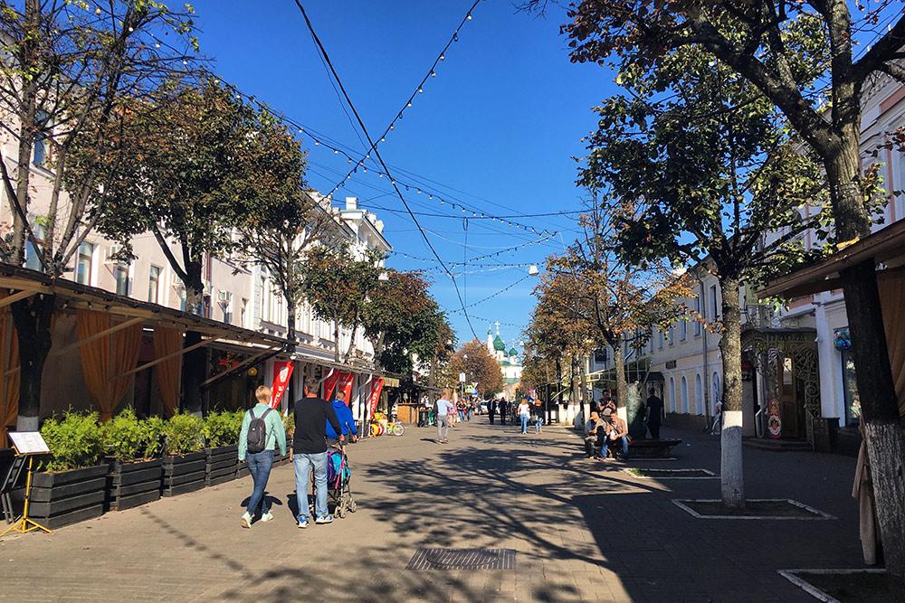 На улице Кирова кафе больше, чем, наверное, во всем историческом центре